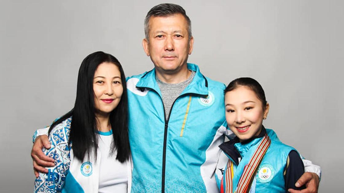 Падишахан Султаналиева, Байтак и Элизабет Турсынбаевы