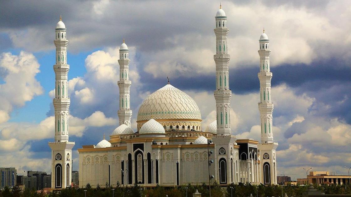Мечеть Хазрет Султан в Нур-Султане