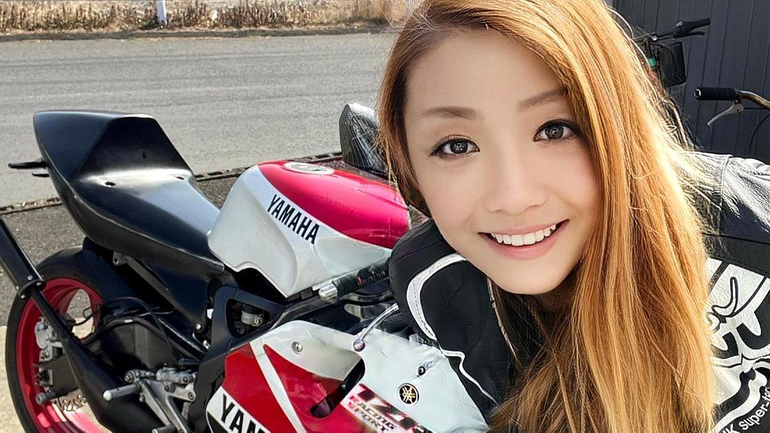 Байкерша из Японии