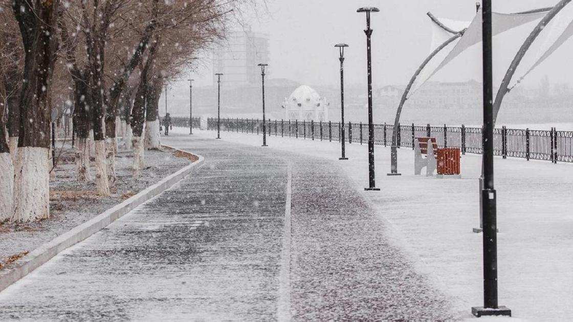 Улица в Атырау