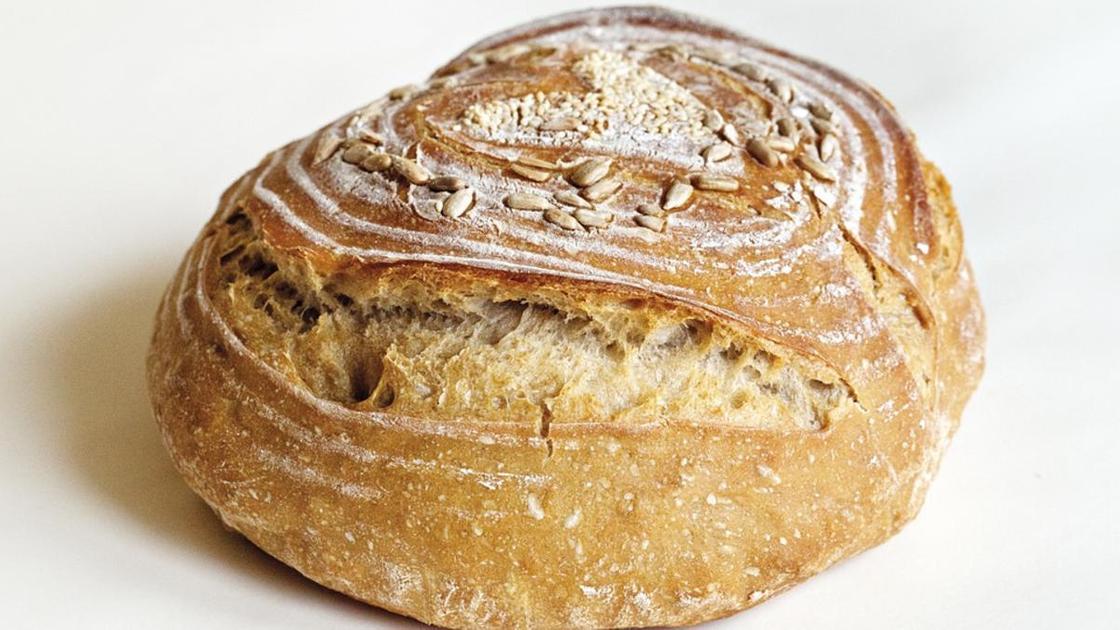 Ржаной домашний круглый хлеб