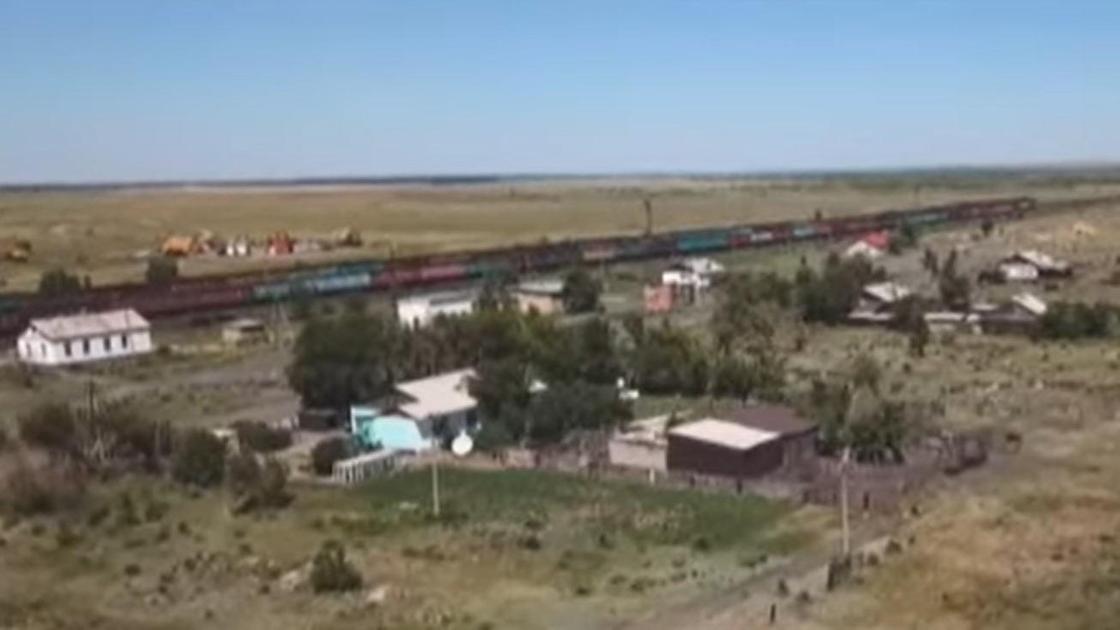 Дома поселка Восточный в Карагандинской области