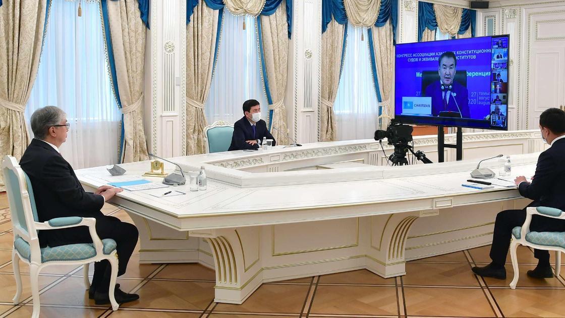 Токаев принял участие в конференции