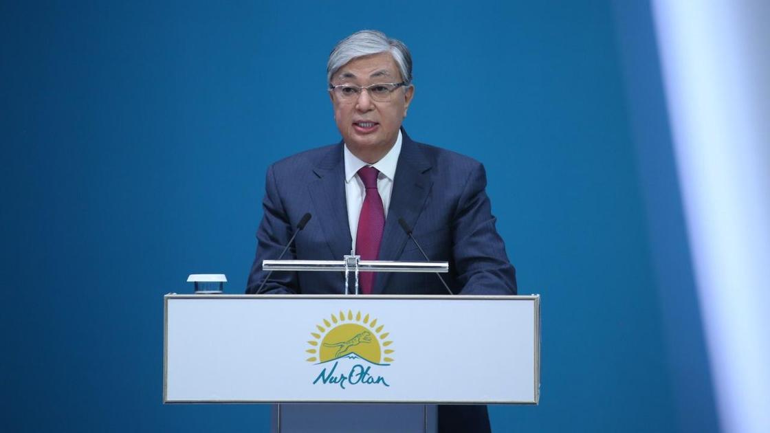 Касым-Жомарт Токаев выступает с речью