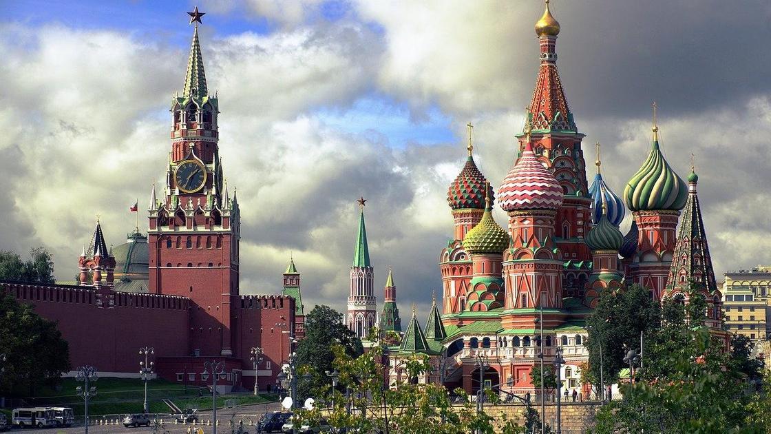 Перенести столицу поближе к Казахстану предложили в России