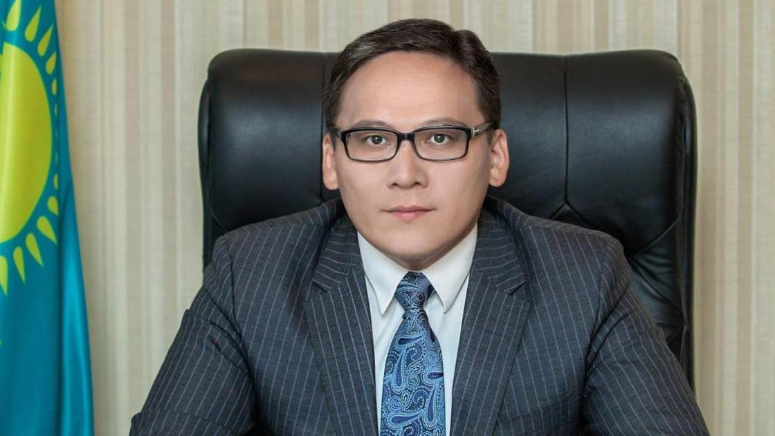 Дамир Шыныбеков ХАТУ экс-ректоры