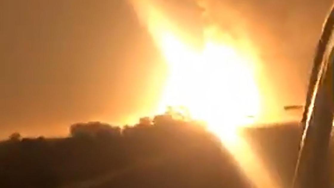 Момент взрыва на территории военной части в Жамбылской области