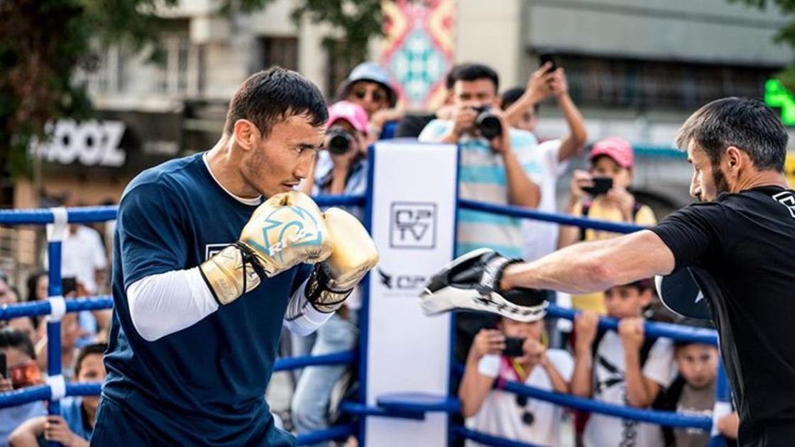 Қанат Ислам боксшы