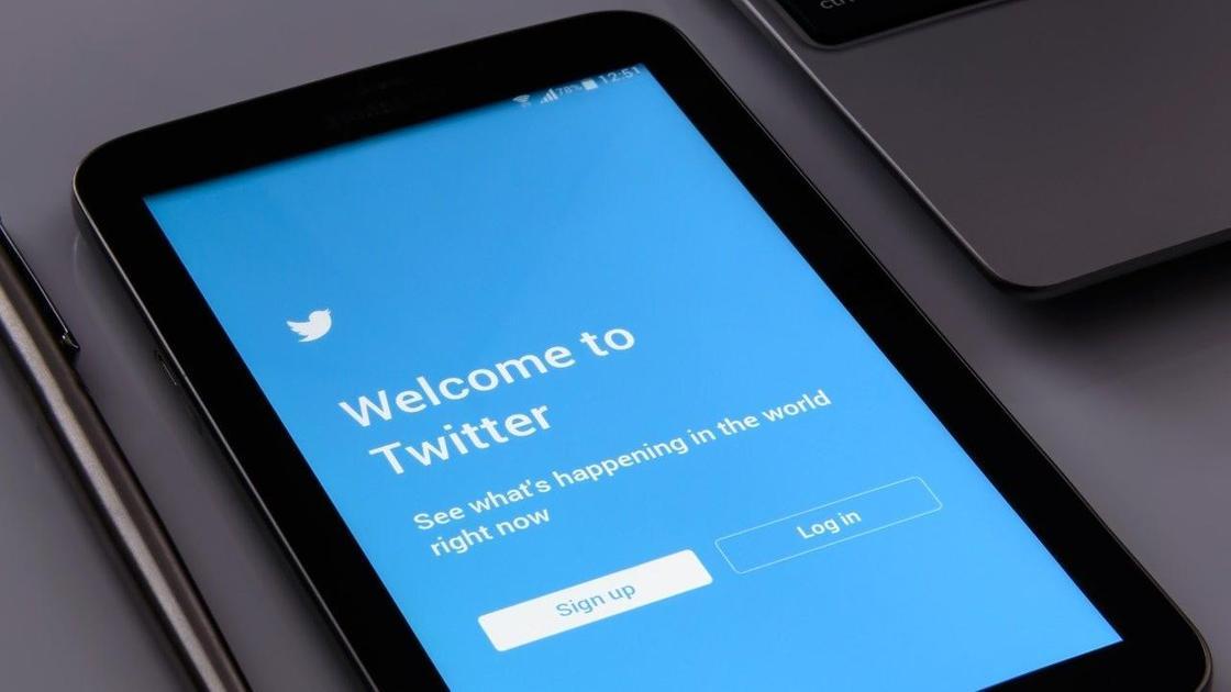 Twitter на планшете