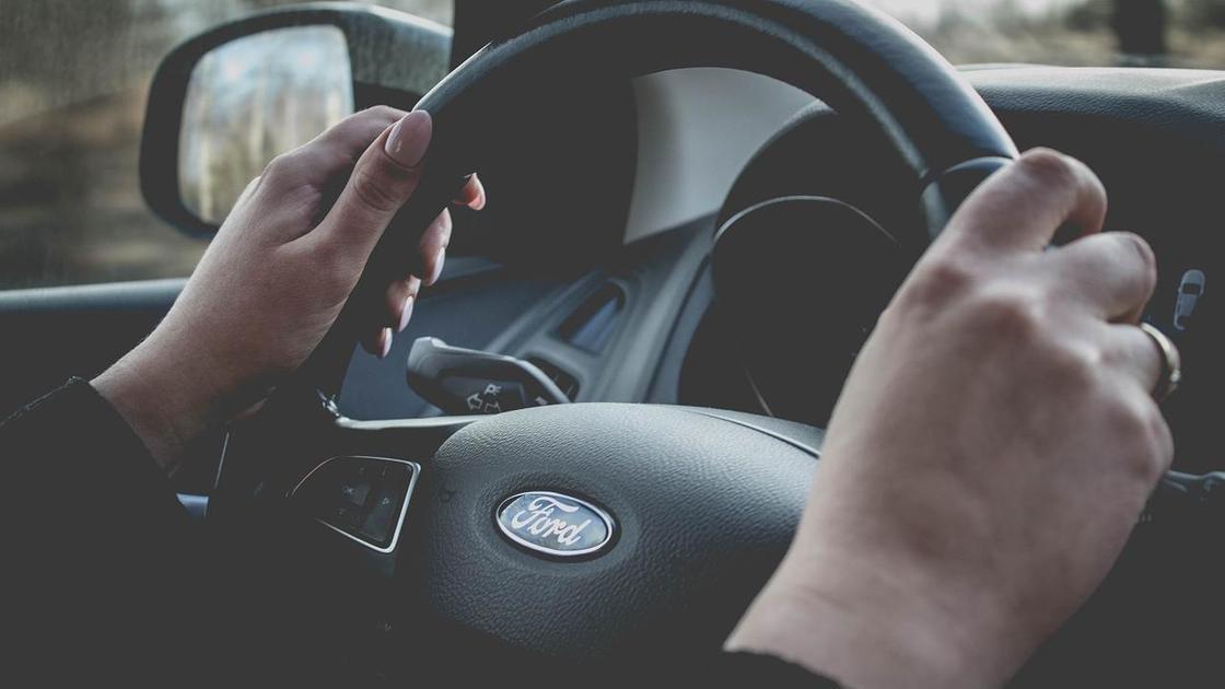 Водительский руль