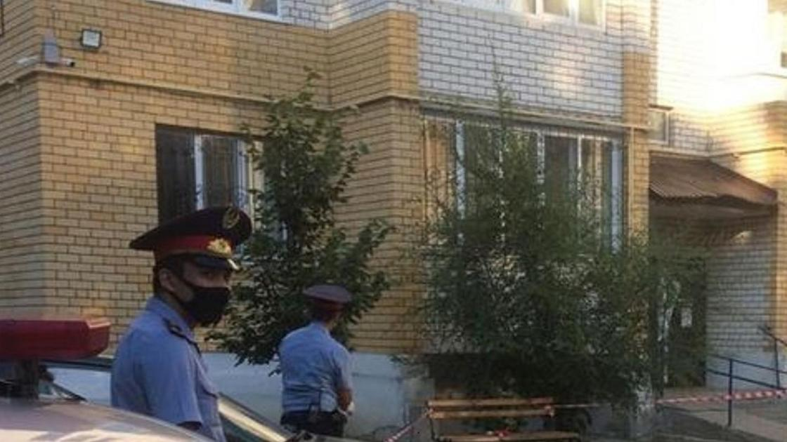 Полиция выставила оцепление