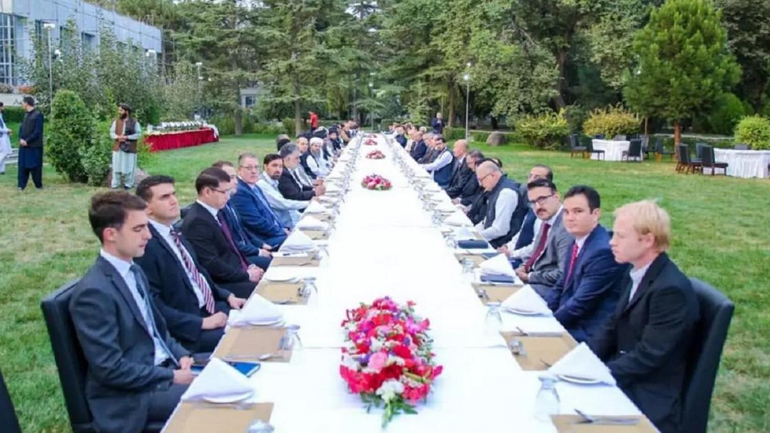 Дипломаттарды қабылдау