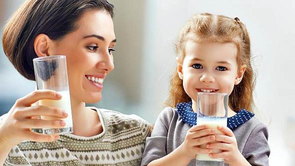 Козье молоко: польза и вред для детей
