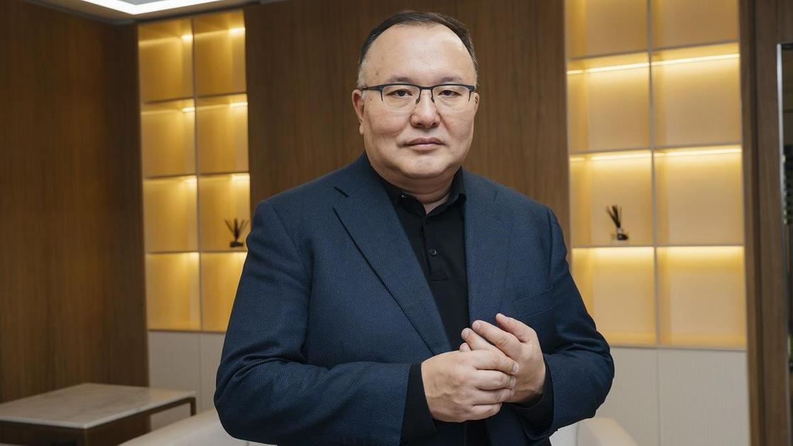 Қуанышбек Есекеев