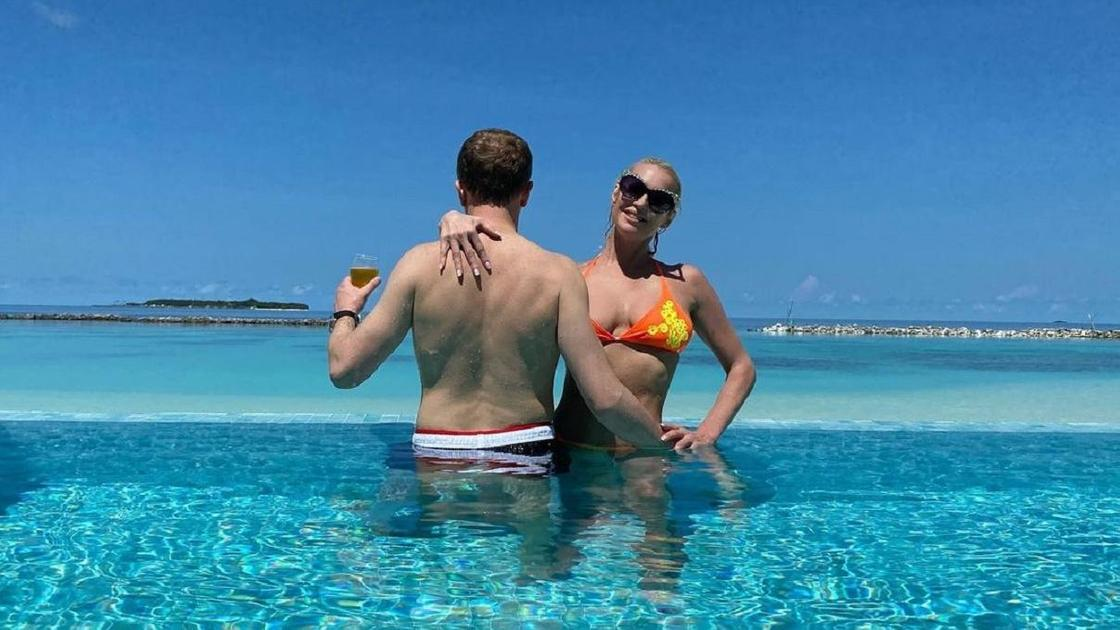 Анастасия Волочкова с бойфрендом