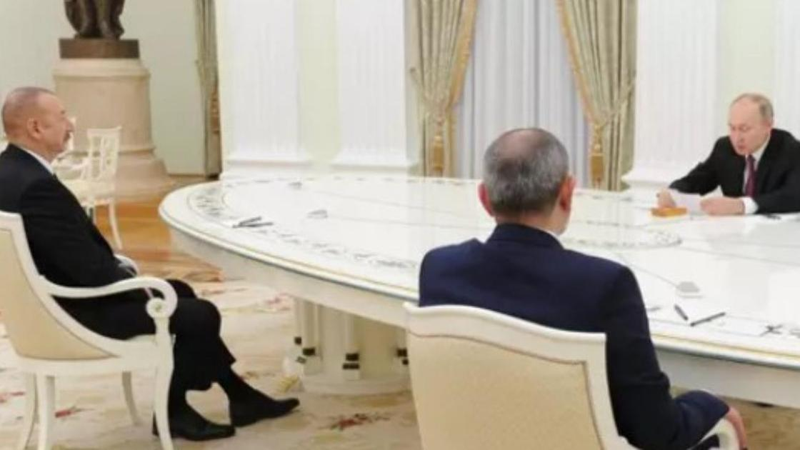 Владимир Путин, Ильхам Алиев және Никол Пашинян