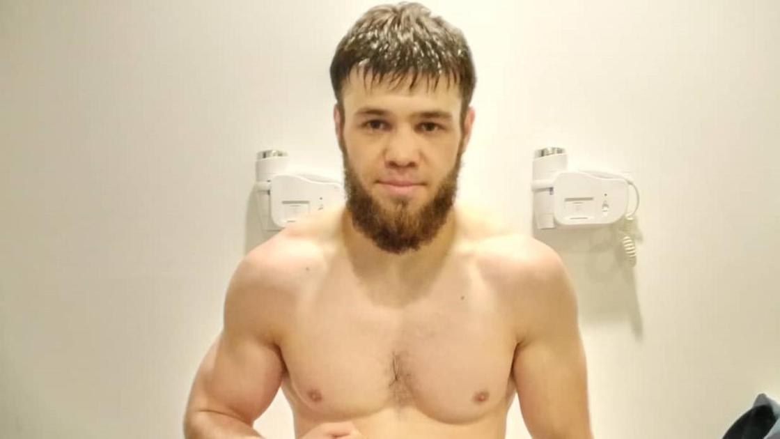 Казахстанский боксер Руслан Мадиев