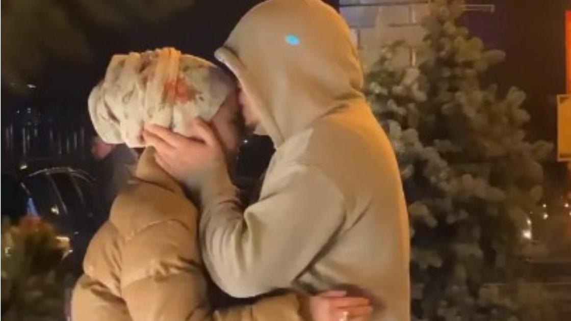 Серікбол Сайлаубек әйелімен