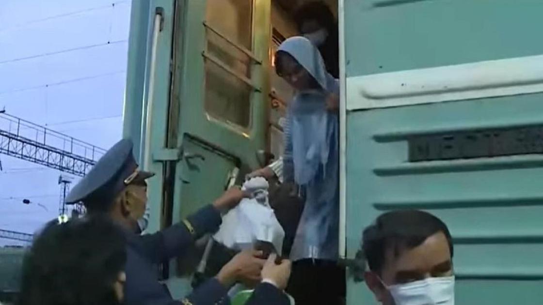 Кандасов поселили в Акмолинской области