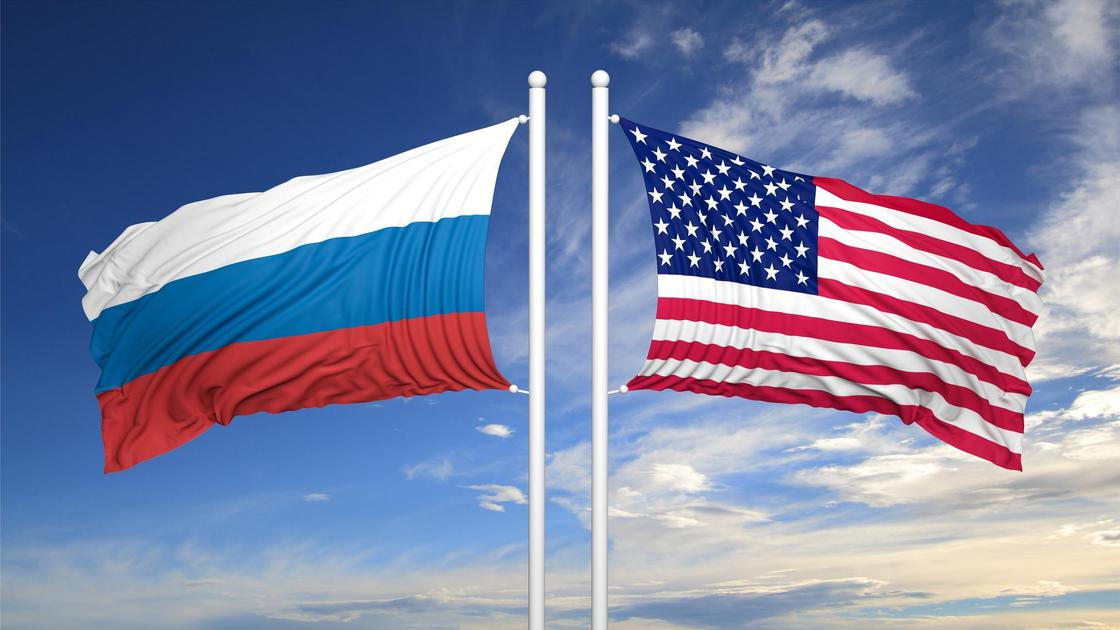 Флаг России и США
