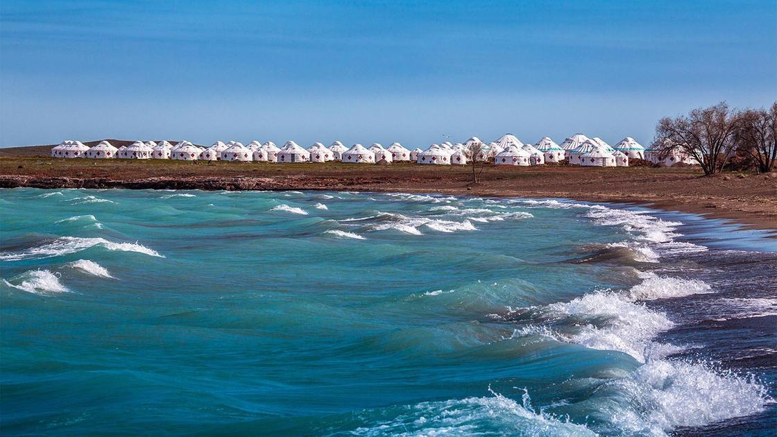 Топ-3 мест для пляжного отдыха в Казахстане