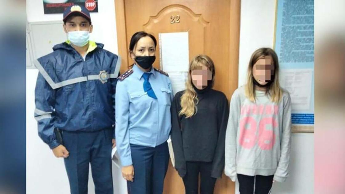 Сбежавшие сестры и двое полицейских