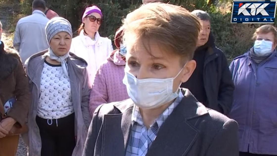 Елена Иванченкова, мать ребенка, у которого отнялись ноги из-за инфекции