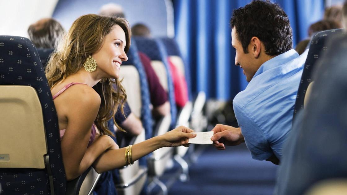 Каждый 50-й пассажир находит любовь всей жизни во время полета