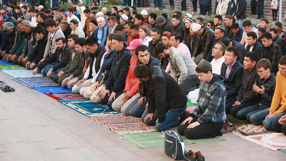 Мусульмане на намазе
