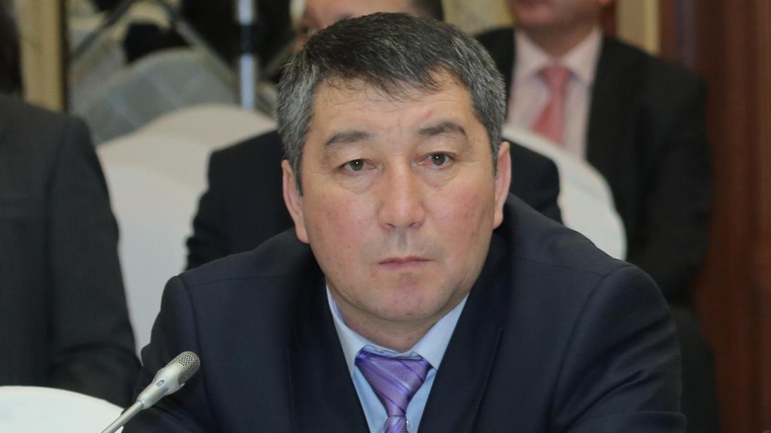 Тренер Кайрат Сатжанов