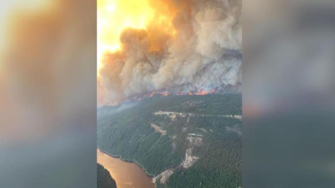 Пожар в лесу в Британской Колумбии
