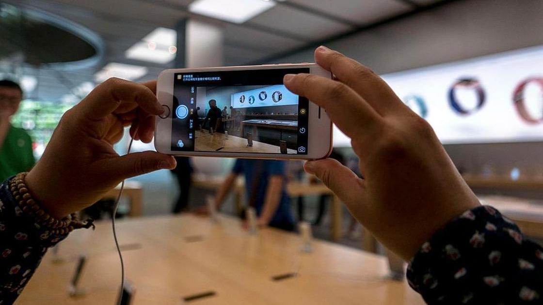 Apple анонсировала возвращение бюджетного iPhone SE. Причем уже скоро