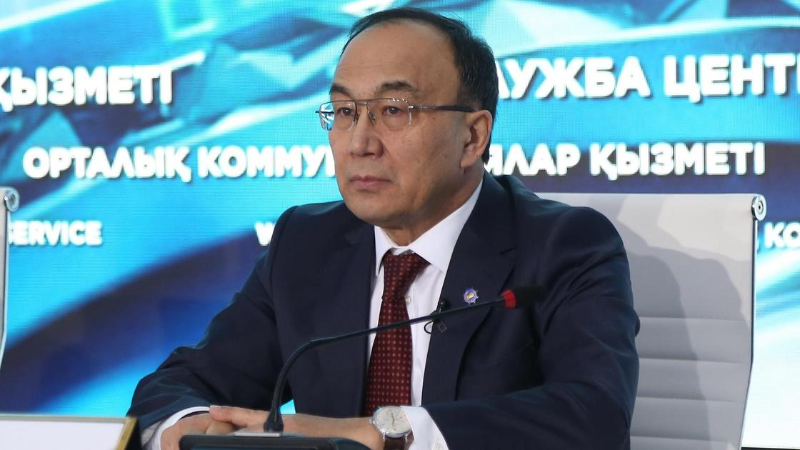 Ректор ЕНУ Ерлан Садыков