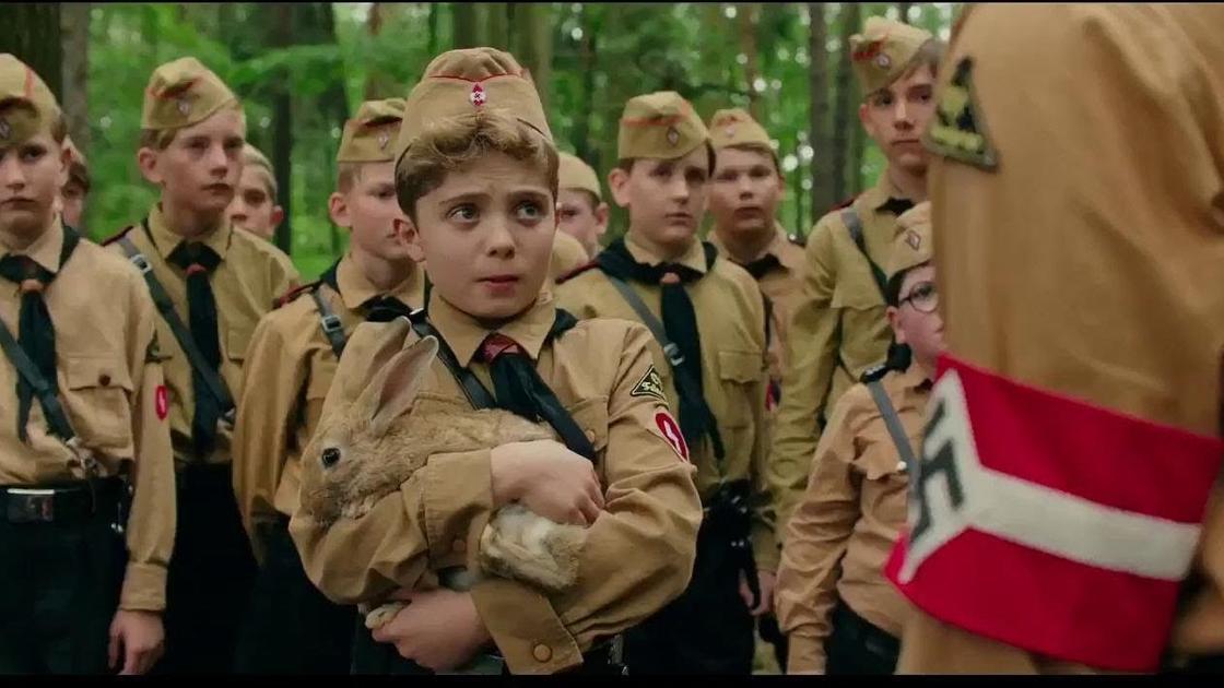 Кадр из фильма «Кролик Джоджо»