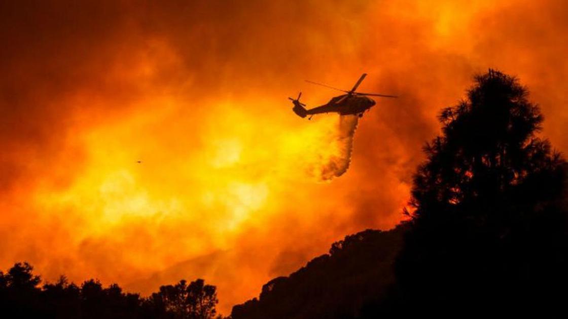 Огненный смерч в Калифорнии
