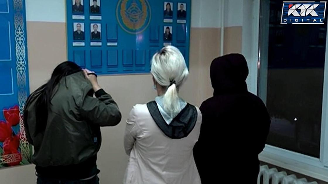 Задержанные за сводничество администраторы сауны в Семее