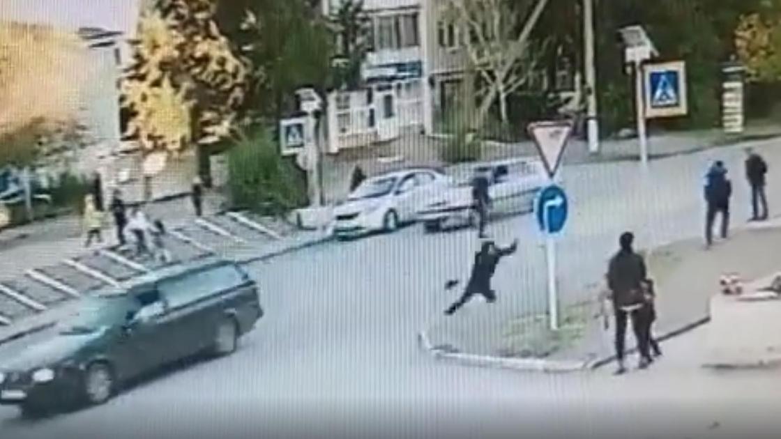 Мужчину сбила машина