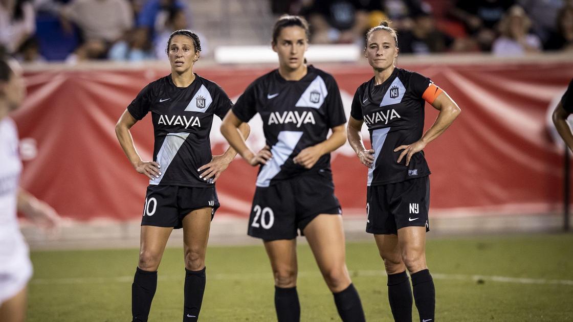 Женская футбольная лига США