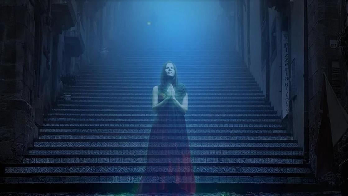 девушка-призрак