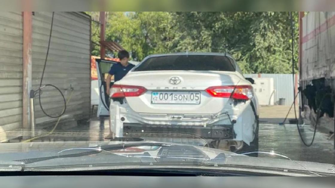 Машина Игоря Сона