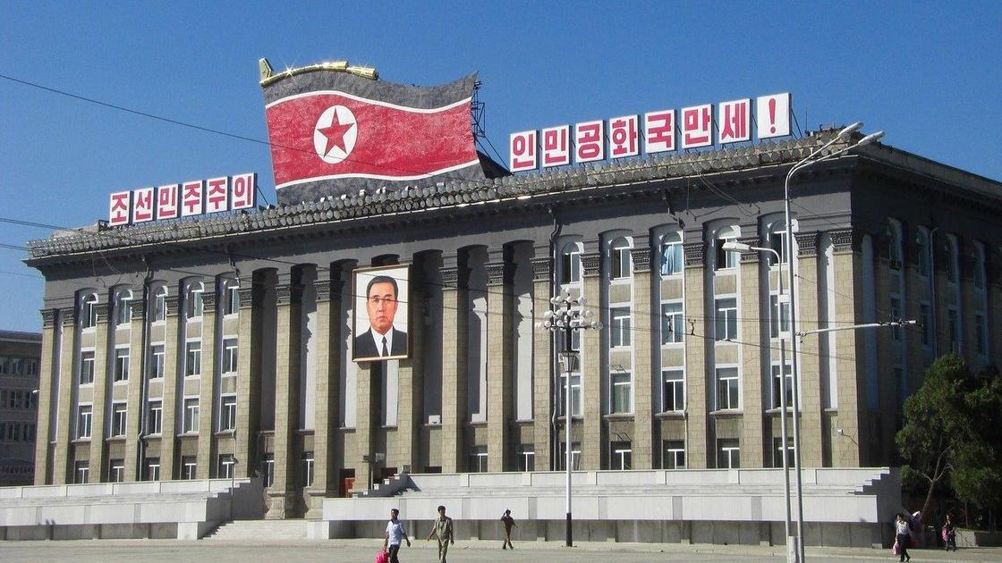 Здание в Северной Корее