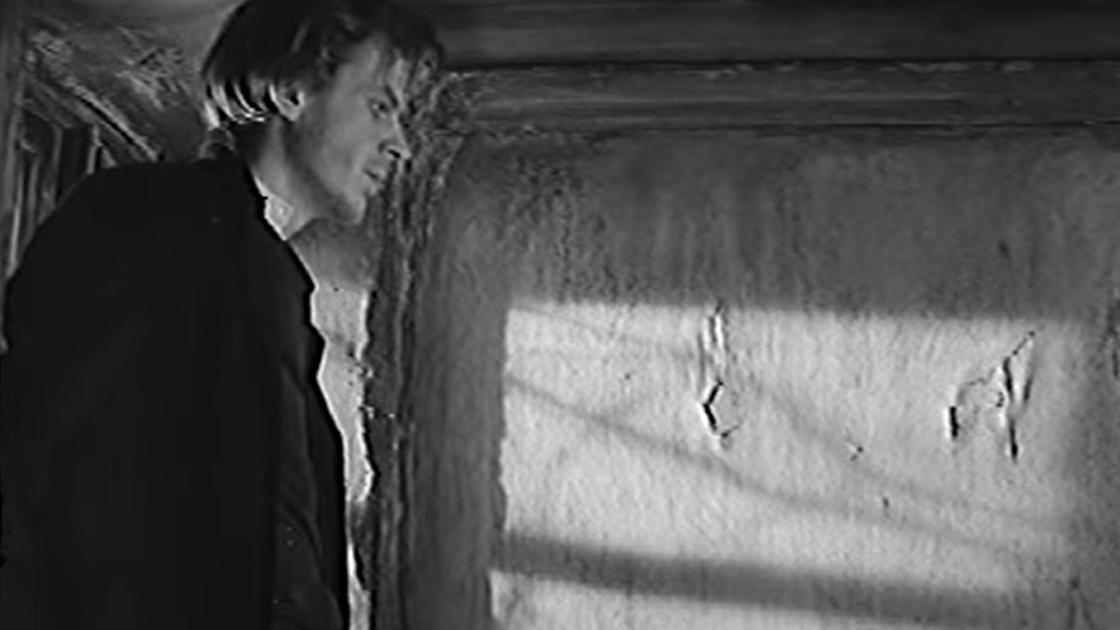 """кадр из фильма """"Преступление и наказание"""""""