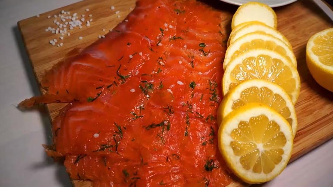 Красная рыба домашнего посола