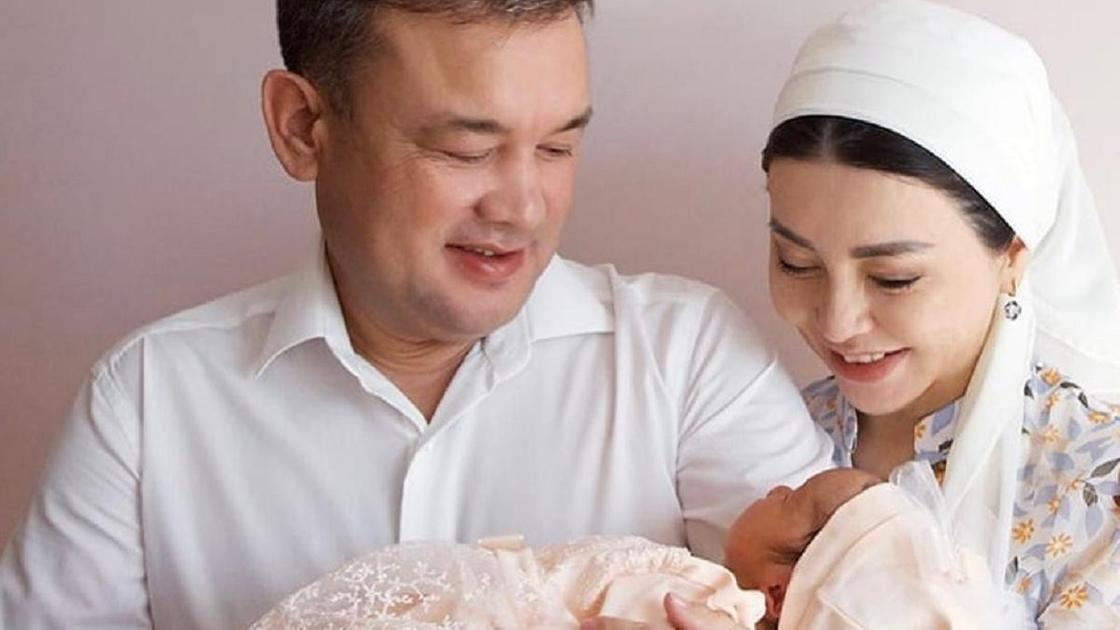 Тамара Асар с мужем и дочерью