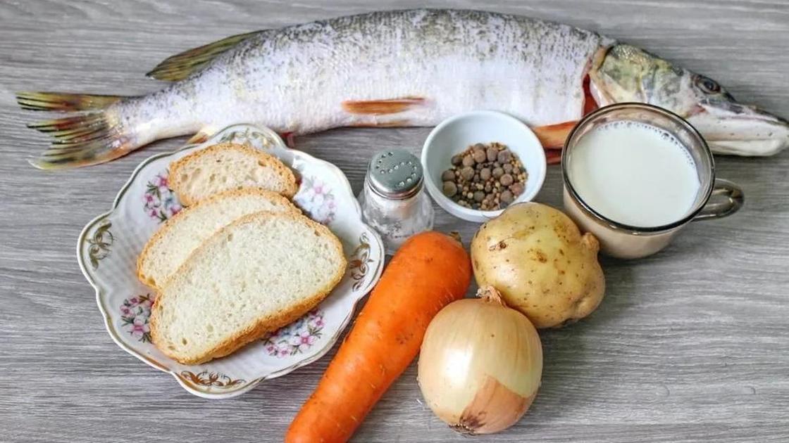 Щука в сметане: ингредиенты