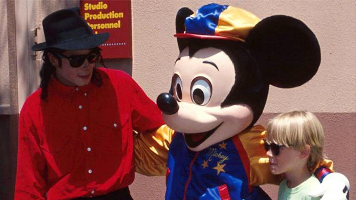 Новый альбом Майкла Джексона выйдет в мае | BURO.