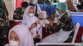 Вакцинация в Индонезии