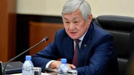 Бердибек Сапарбаев. Фото senate.parlam.kz