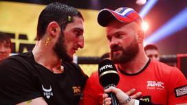 Бойцы Гойти Дазаев и Дмитрий Бикрев