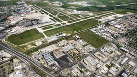 Вид с высоты на аэропорт Сан-Антонио
